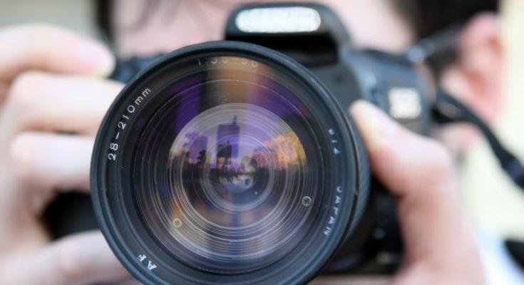 obiettivo macchina fotografica in shooting fotografico